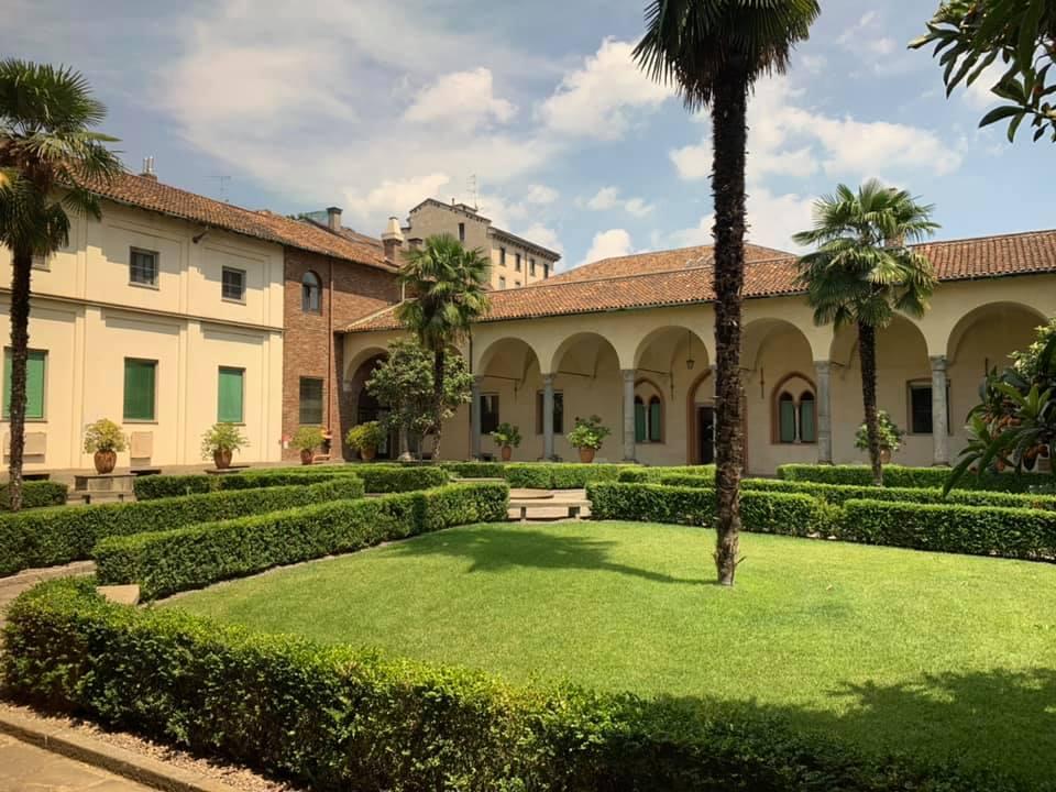 サンタ・マリア・デッレ・グラツィエ修道院はダヴィンチの名作、「最後の晩餐」