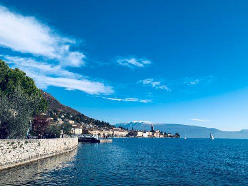 1940年代には、イタリア社会共和国の政治の拠点が置かれた場所としても有名なサロー