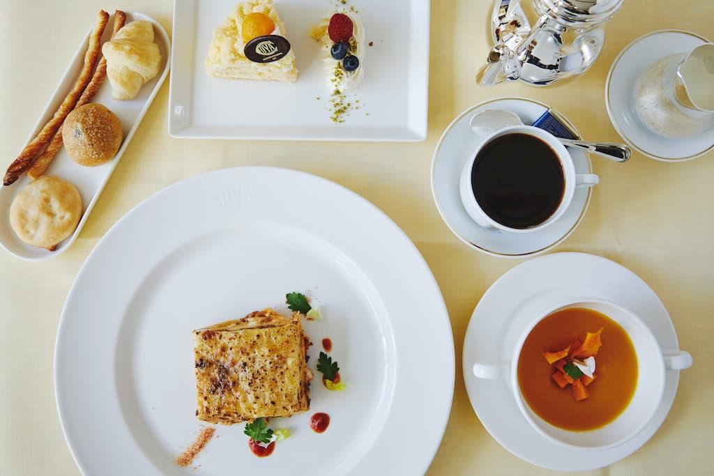 ミラノの老舗カフェ「COVA」が渋谷スクランブルスクエアにオープン