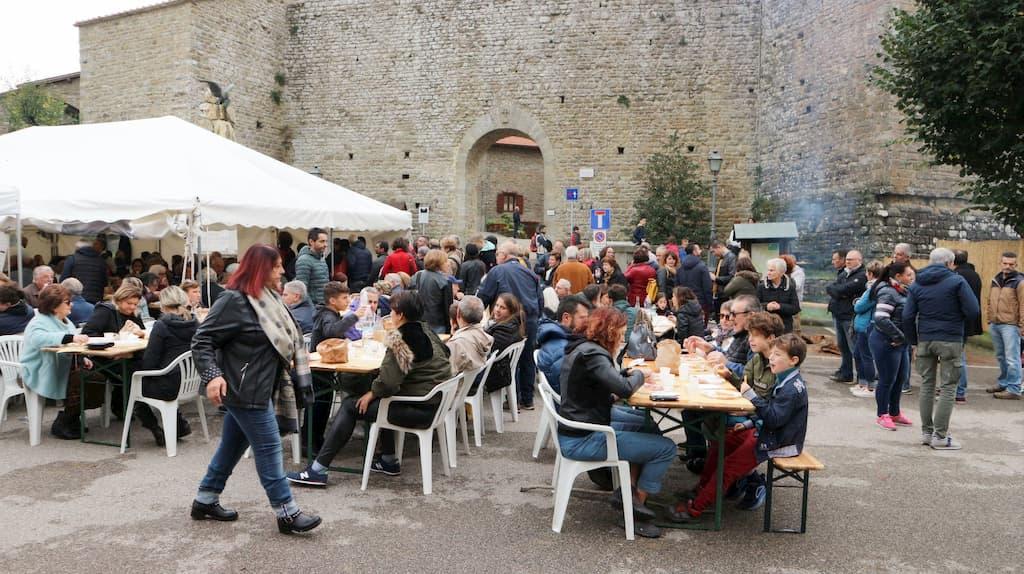 トスカーナのMontemignaio(モンテミニャーイオ)で開催された「ポレンタのサグラ」