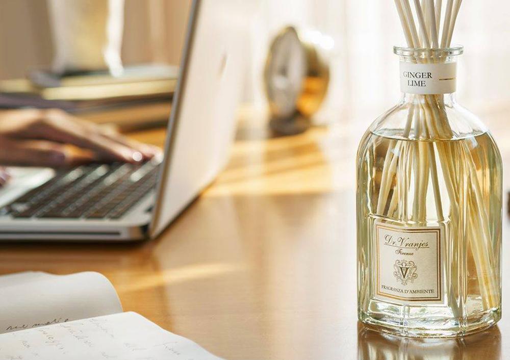 ドットール・ヴラニエスは洗練された2,000種類もの高品質なエッシェンシャルオイルを原料に調香師が繊細な感覚を頼りに生み出す香りが魅力