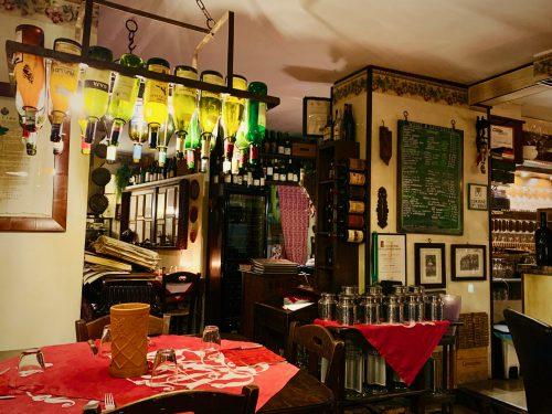 ミシュランプレートを獲得した「Il Giardino delle Esperidi(イル・ジャルディーノ・デレ・エスペリディ」の店内