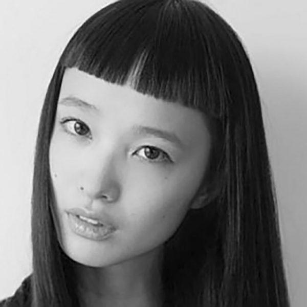 萬波ユカ Yuka Mannami