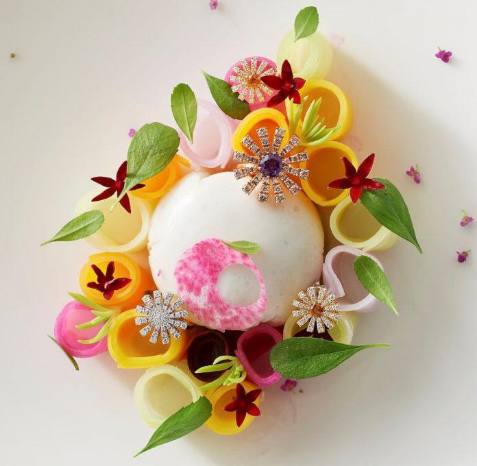 ホタテ貝のフォンダン 宮崎産キャビア 鶉卵の黄身 人参と大根のサラダ