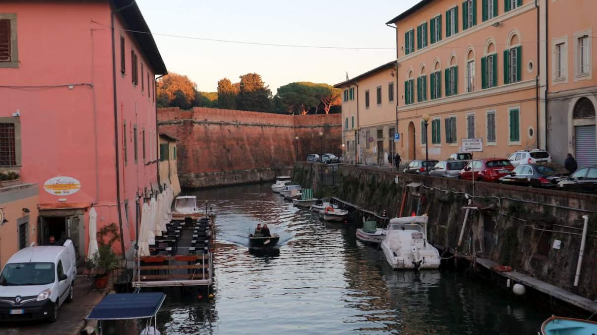 リヴォルノの運河