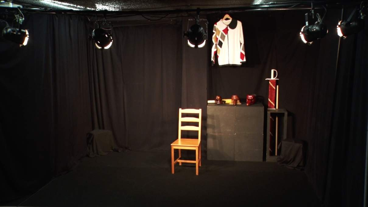 当時の大塚ヒロタ一人芝居舞台設営風景
