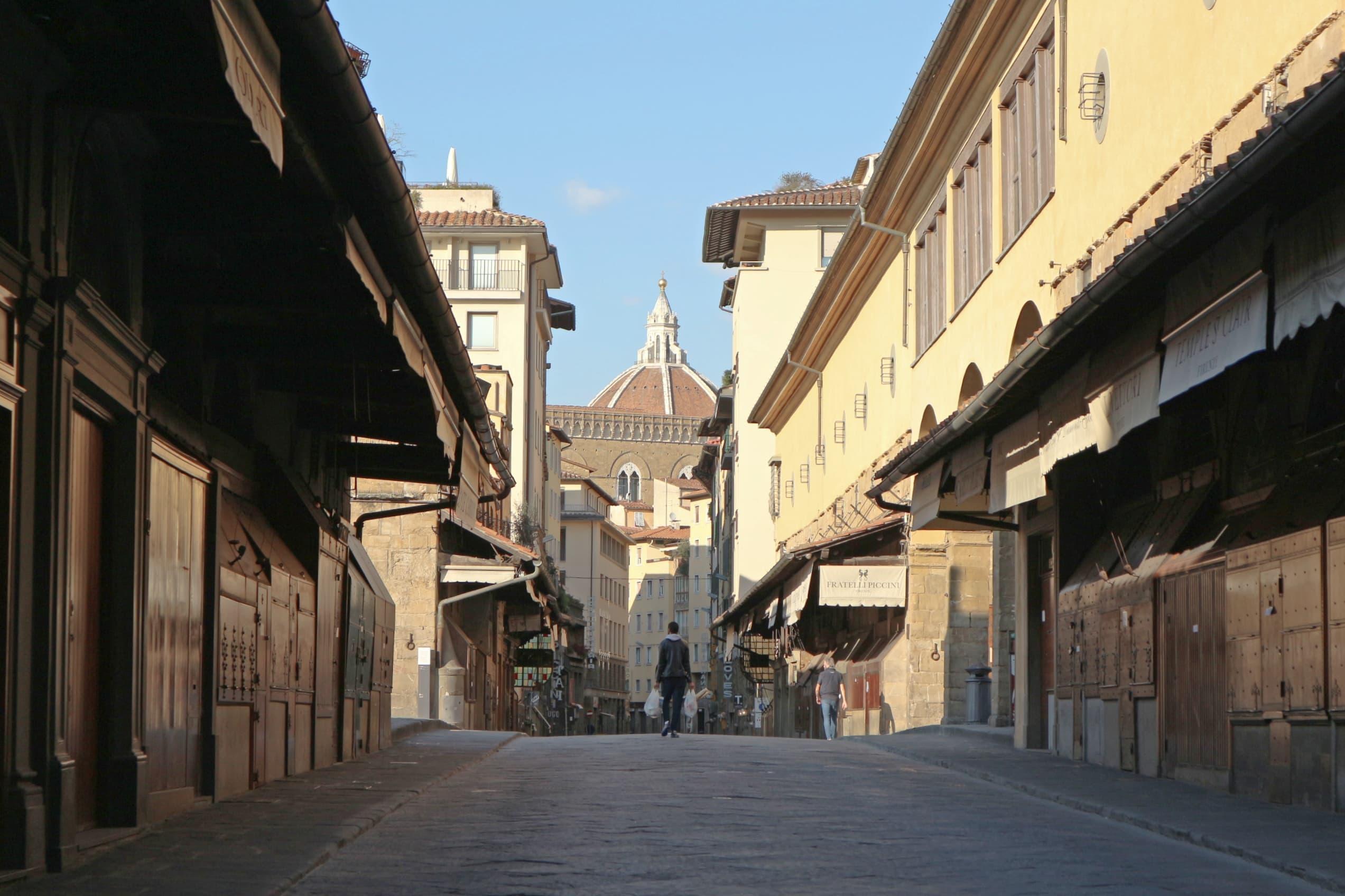誰もいなくなったフィレンツェの街