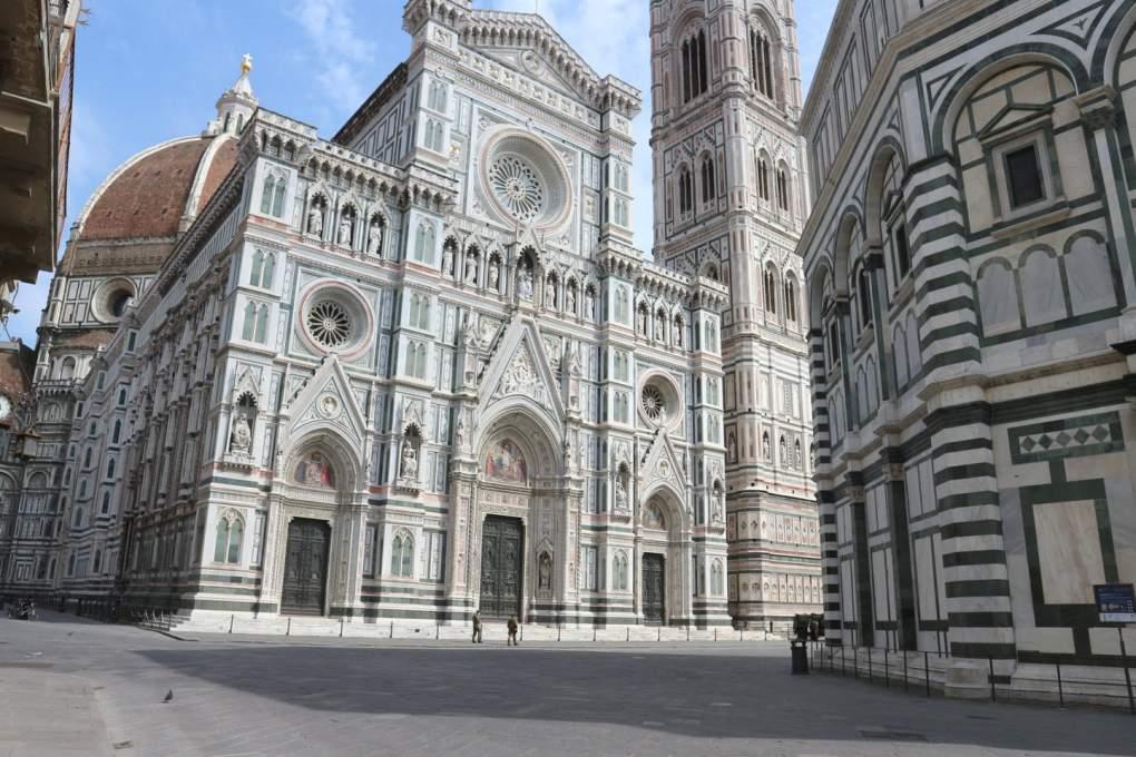 2020年4月18日撮影のフィレンツェのドゥオモ前