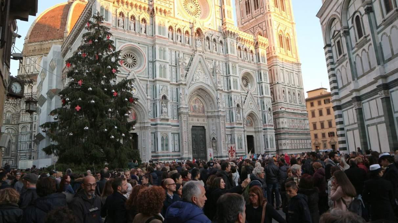 2018年12月撮影のフィレンツェのドゥオモ前