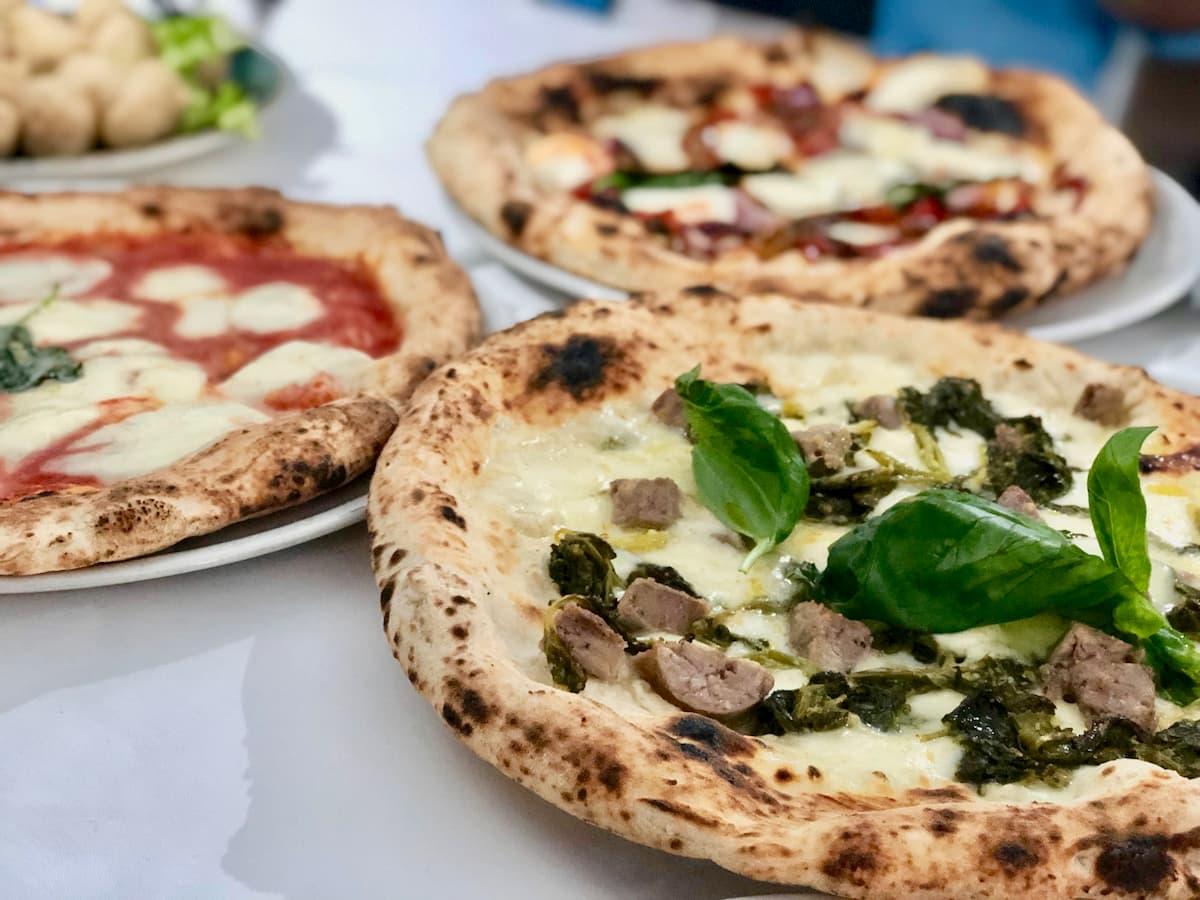 以前は行列ができて市民には食べることが難しかった有名ピッツェリア店
