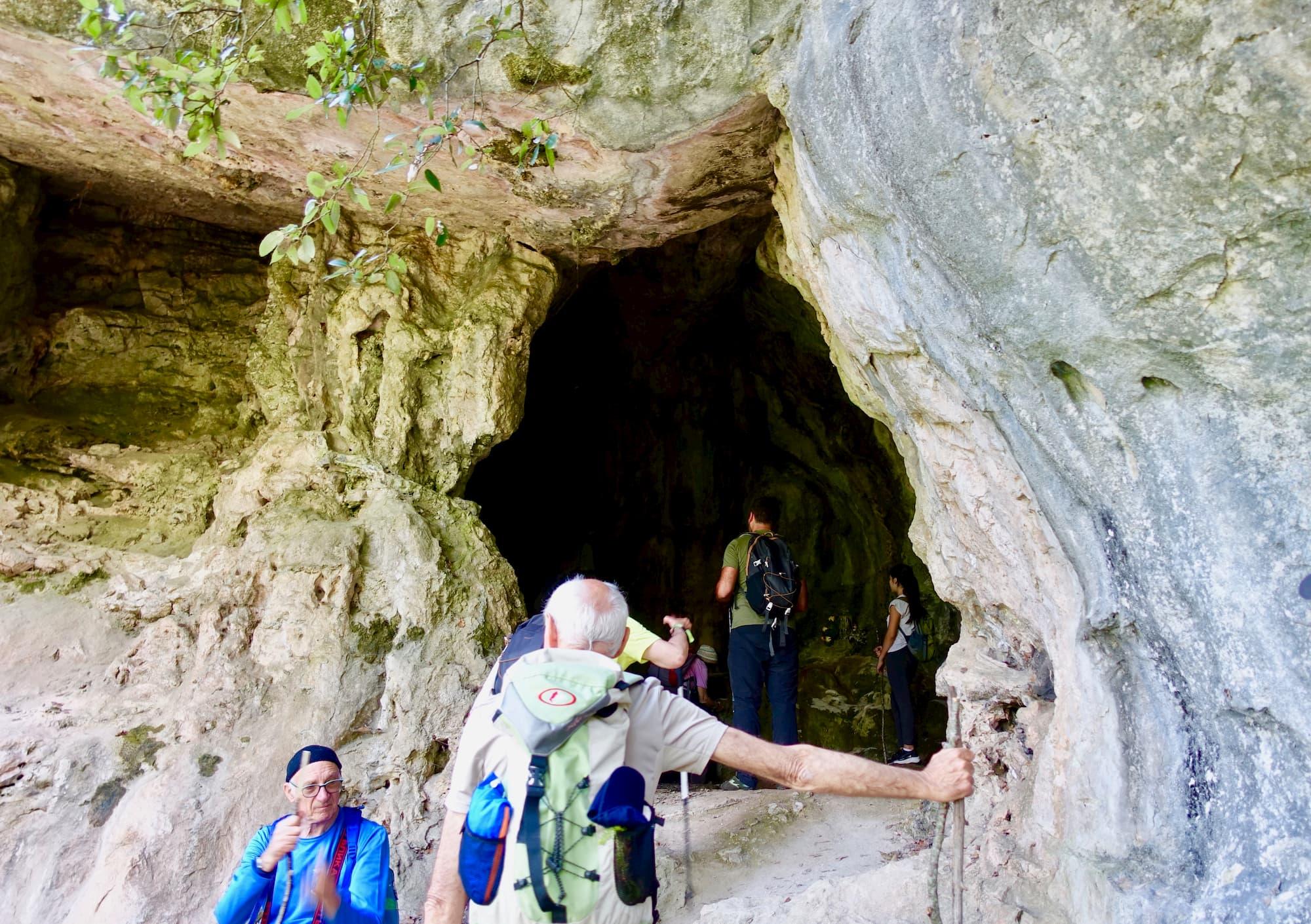 先史時代の居住痕跡も度々発掘される洞窟(カープア、カンパニア州)