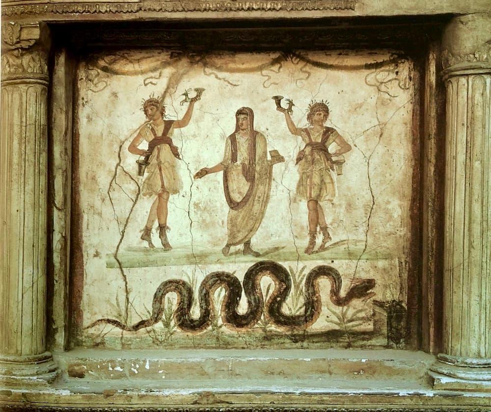ポンペイのフレスコ画の蛇(ヴェッティの家)