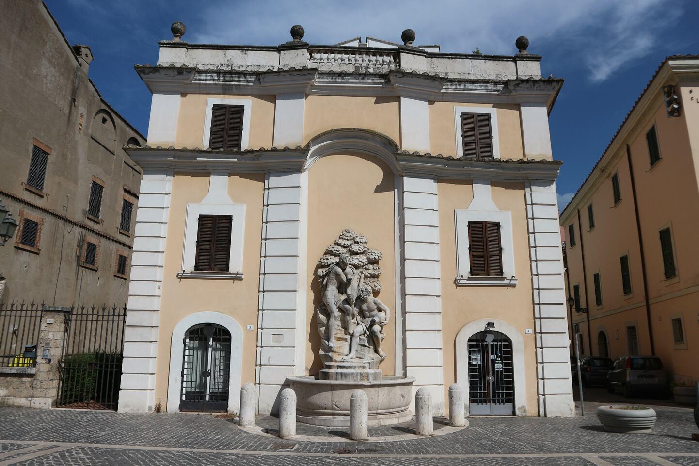 コッラド・ヴィニの噴水