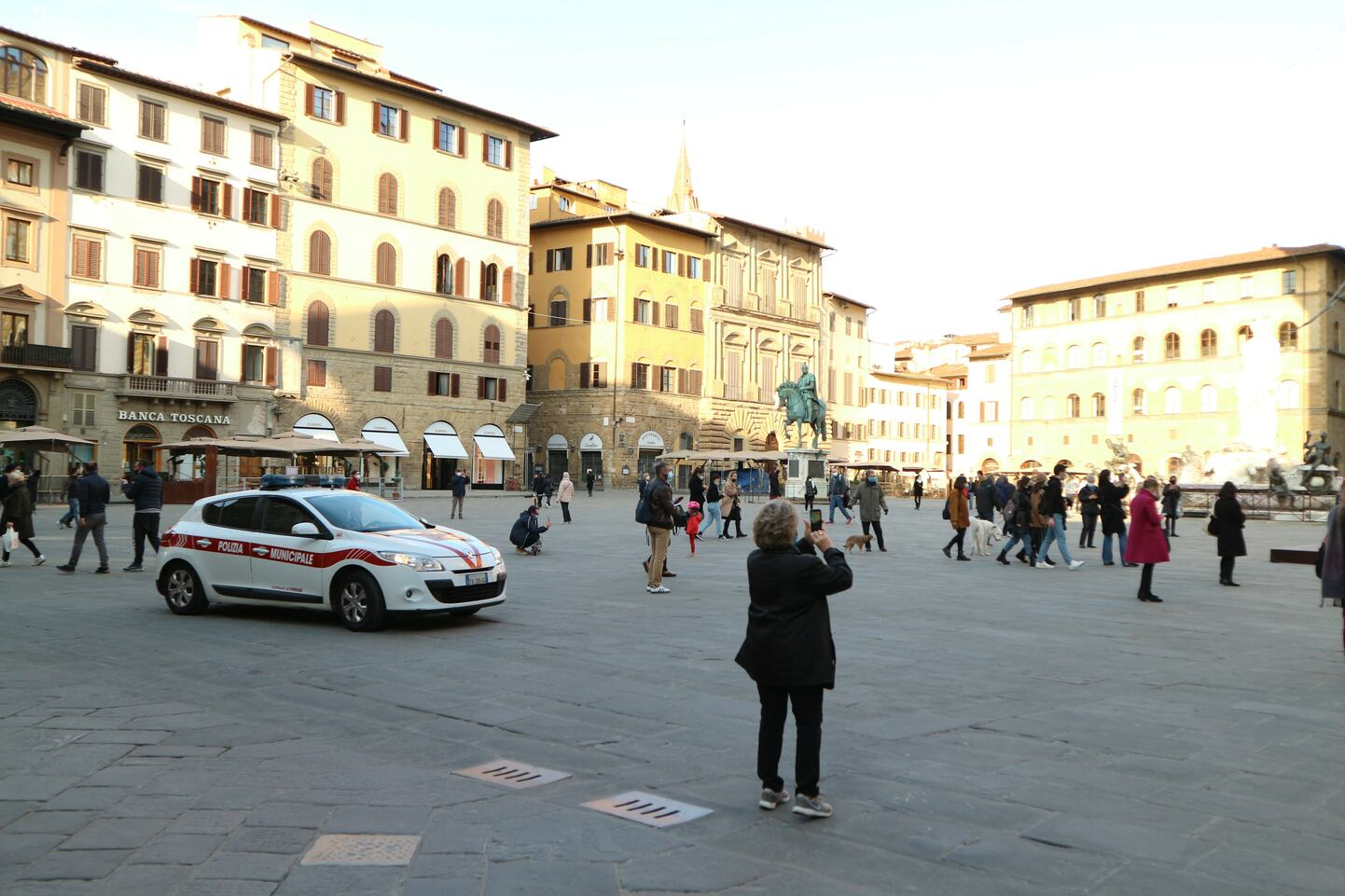 2021年3月25日撮影、フィレンツェのシニョリーア広場