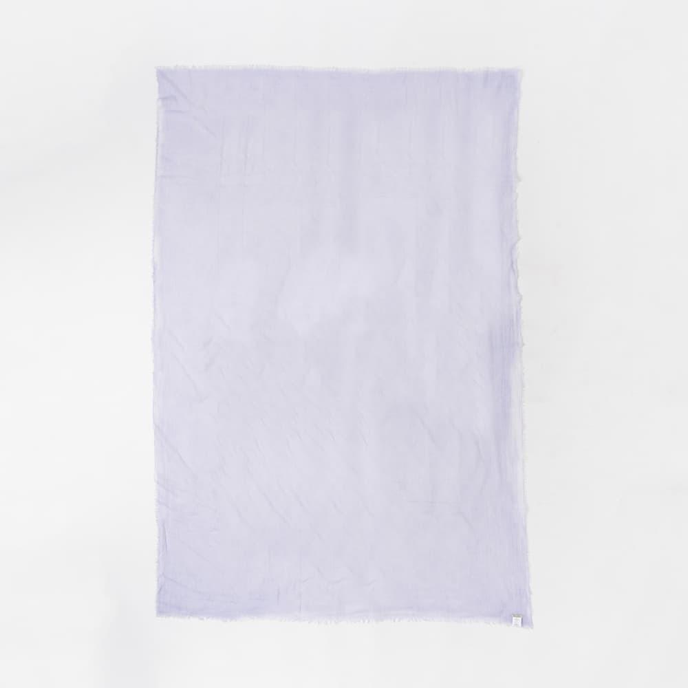 薄い紫のストール