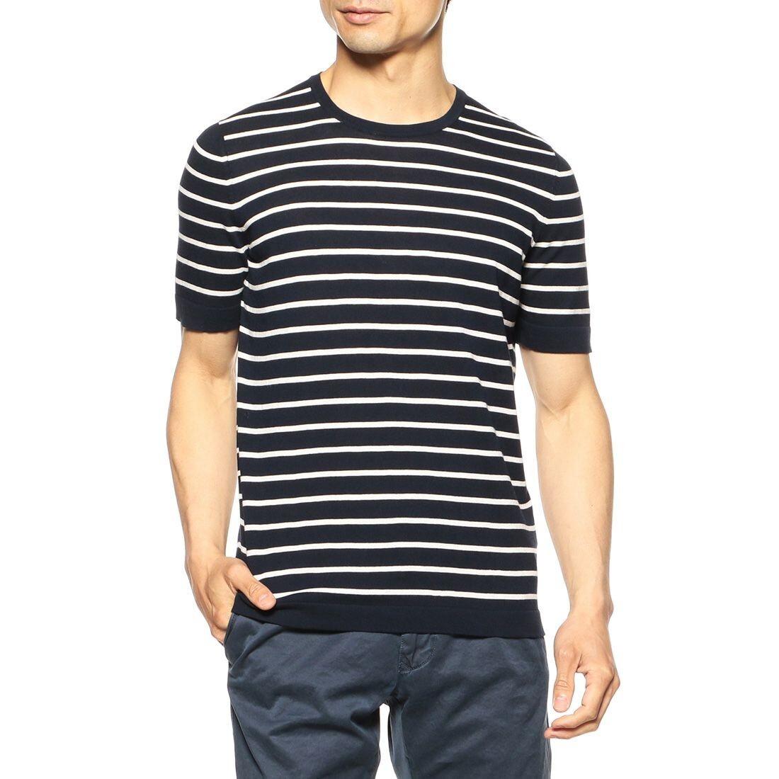 白いストライプのネービーTシャツ