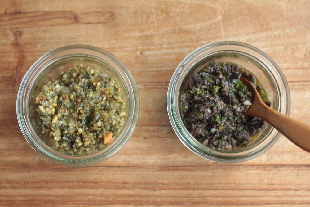 大葉とアーモンドのジェノベーゼソースとブラックオリーブで作るタプナードソース
