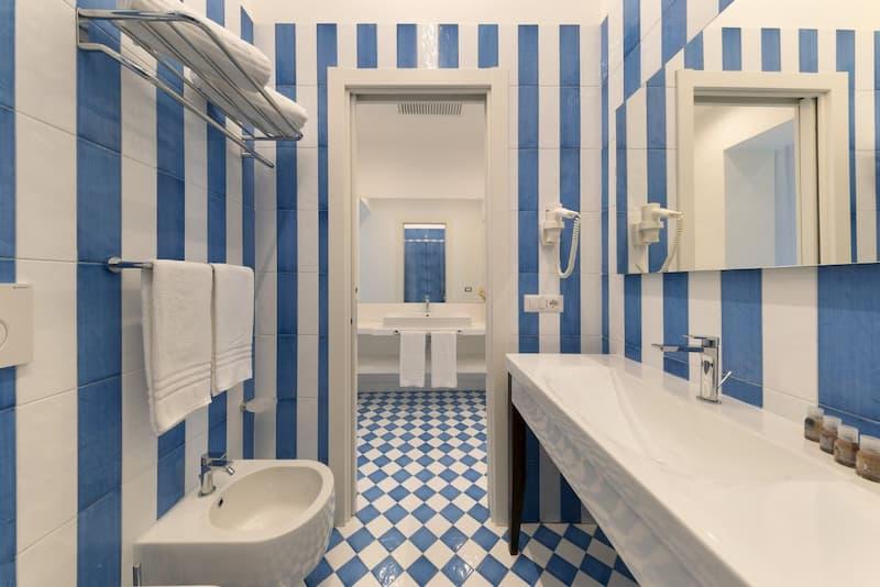 Luxury Four Bedroom Home(https://sorrentovibes.kross.travel/luxury-4-bedroom-apartment)(Fonte: SorrentoVibes(https://www.sorrentovibes.com))