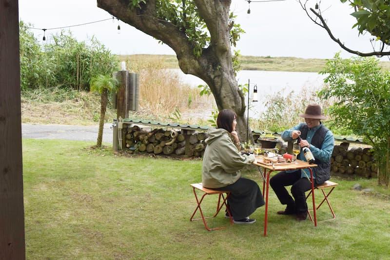 ソロキャンプや庭、ベランダにも! イタリア発の老舗キャンプファニチャーブランド「Castelmerlino(カステルメルリーノ)」のキャンプテーブル&チェア