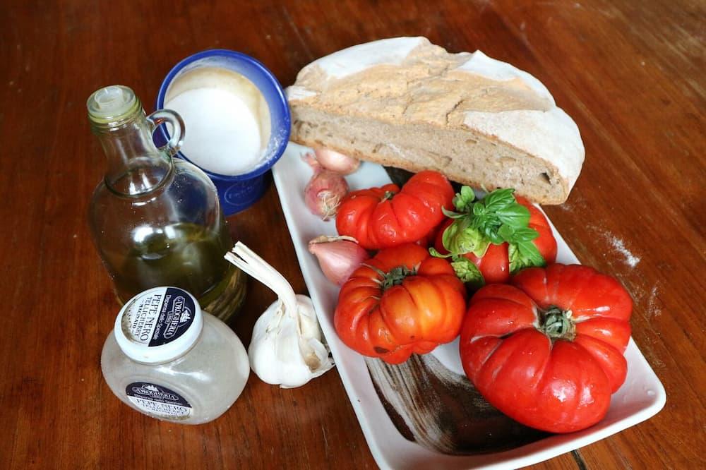 Pappa al Pomodoro(トマト煮込みパンのおかゆ)