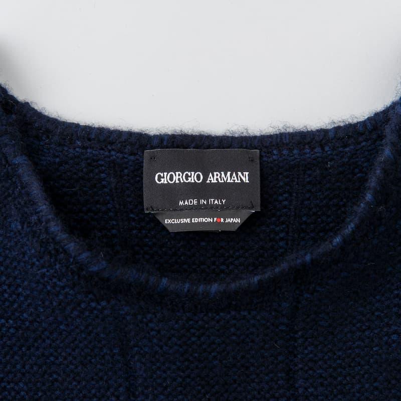 ニット 188,100円(税込)/以上すべてGiorgio Armani(ジョルジオ アルマーニ)